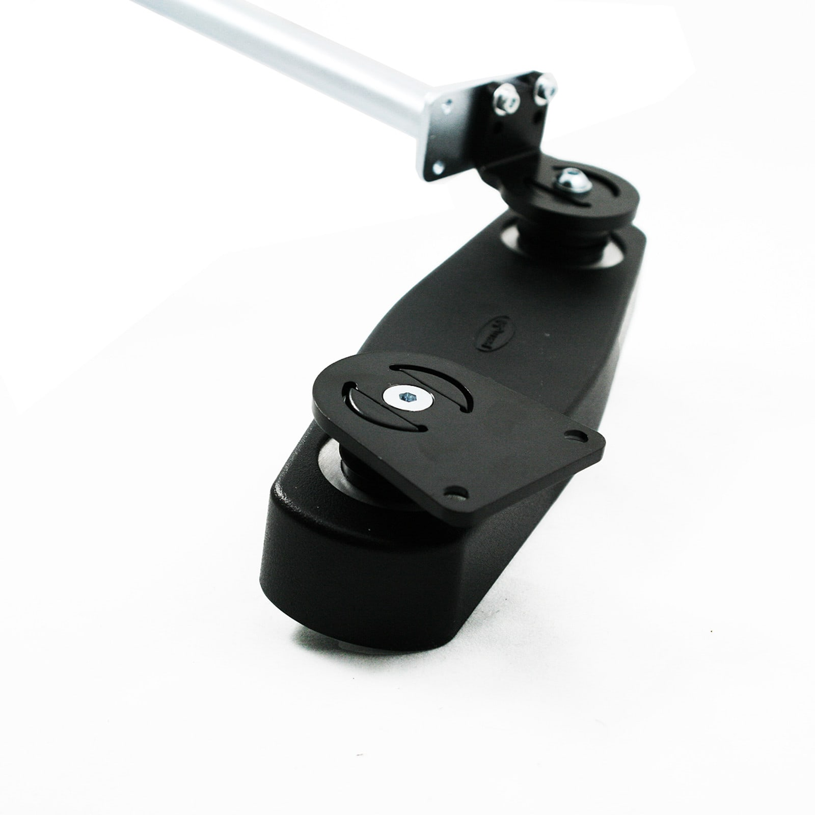Retractable Mount Detail
